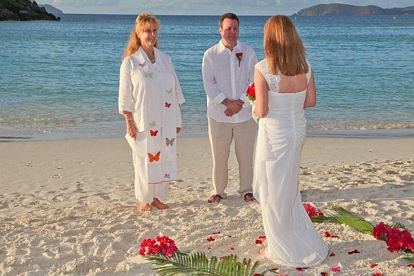 Beach wedding on st john vi with st john weddings barefoot for Beach weddings in ny