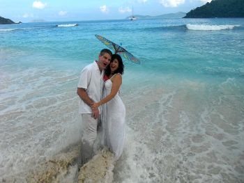 Cinnamon-Bay-Beach-wedding-location